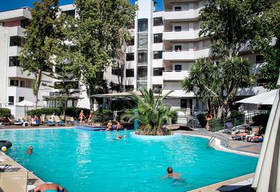 thumb_rhodos-forum-hotel