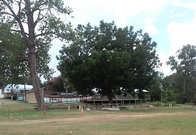 thumb_texas-riverside-ranch